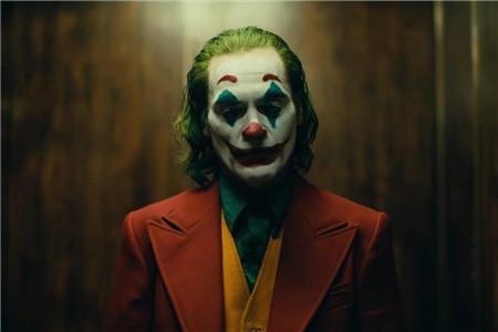 小丑打破10项票房纪录_已拿下威尼斯电影节最高奖金狮奖